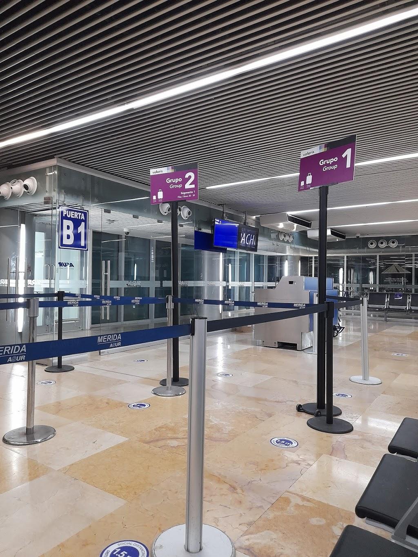 Volaris - travel agency    Photo 2 of 10   Address: Aeropuerto, Aeropuerto Abelardo L. Rodriguez, 22435 Tijuana, B.C., Mexico   Phone: 55 1102 8000