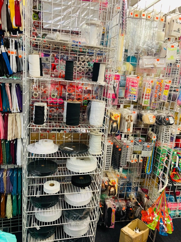 De Gala Fashion - home goods store  | Photo 3 of 10 | Address: 1514 S Flower St, Santa Ana, CA 92707, USA | Phone: (714) 241-0705