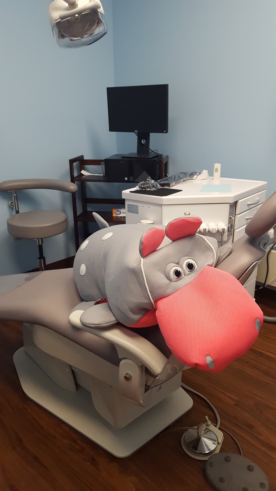 Grace Childrens Dentistry - dentist    Photo 7 of 9   Address: 6400 Holly Ave NE m, Albuquerque, NM 87113, USA   Phone: (505) 295-1942