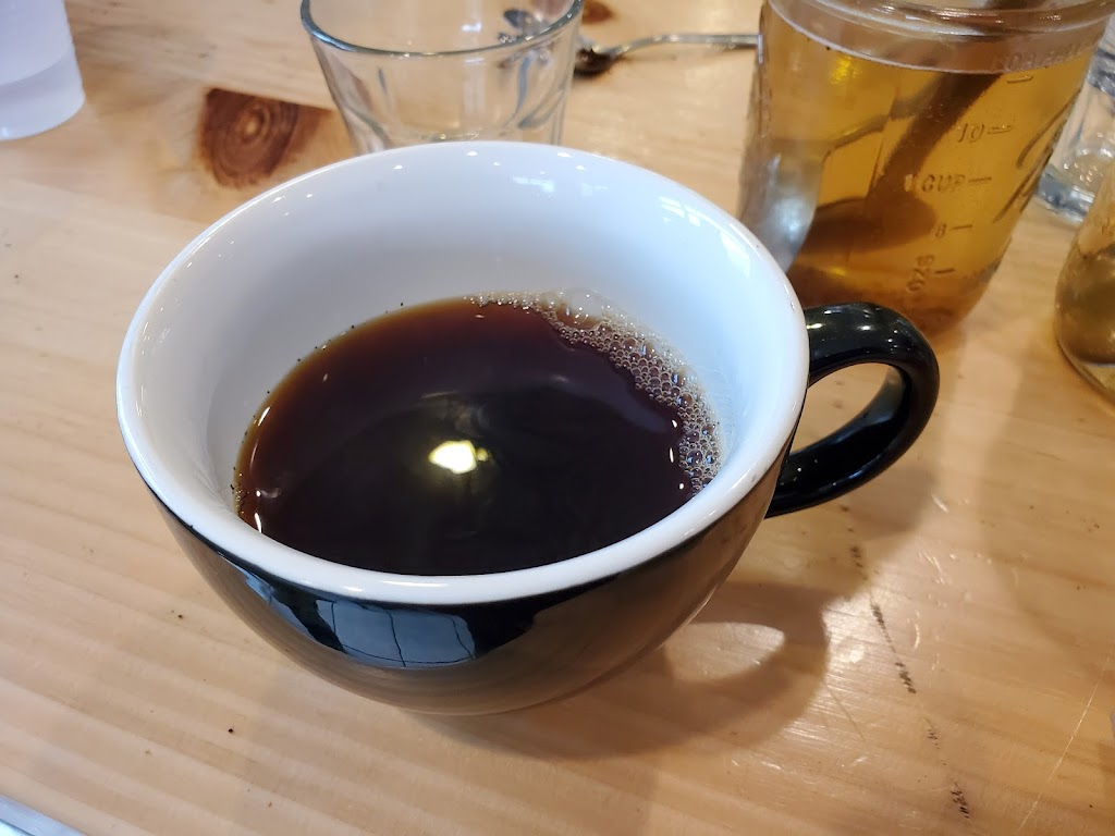 Starlight Coffee Co. - cafe  | Photo 7 of 9 | Address: 101 Lafollette Station Dr, Floyds Knobs, IN 47119, USA | Phone: (812) 923-1404