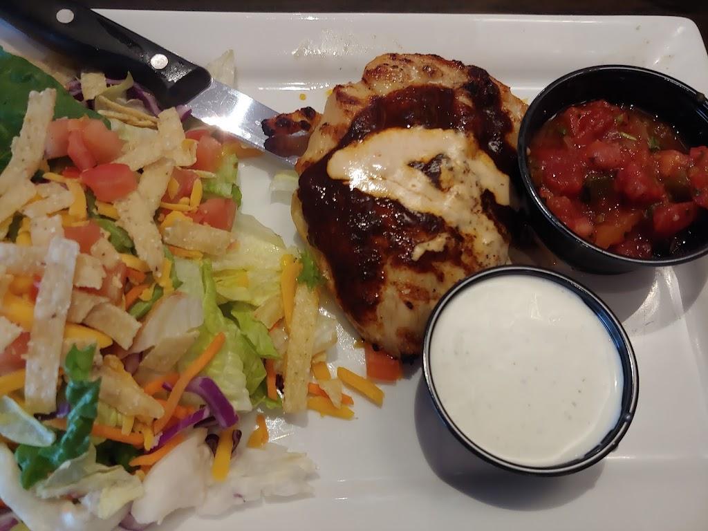 Red Robin Gourmet Burgers and Brews - restaurant  | Photo 10 of 10 | Address: 2501 W Happy Valley Rd Ste 10, Phoenix, AZ 85085, USA | Phone: (623) 581-8635