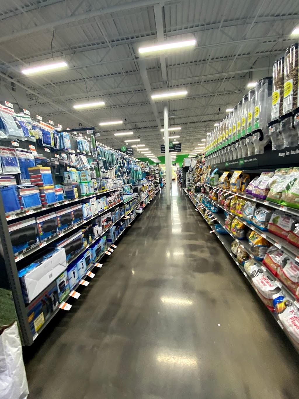 Pet Supplies Plus Villa Park - pet store  | Photo 3 of 10 | Address: 198B W North Ave, Villa Park, IL 60181, USA | Phone: (630) 617-5600