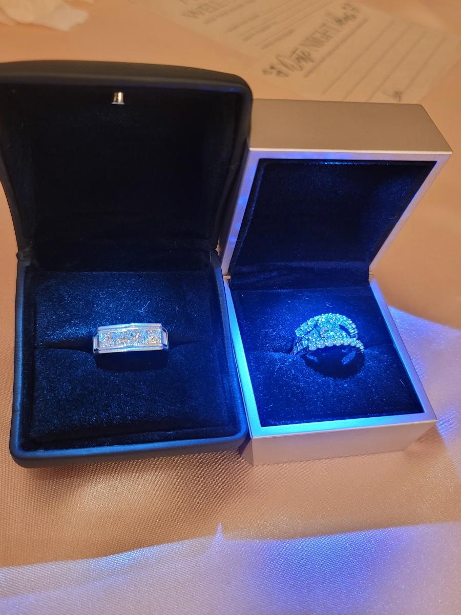 J W Jewelers - jewelry store    Photo 2 of 2   Address: 3029 Waldorf Market Pl, Waldorf, MD 20603, USA   Phone: (301) 645-0499