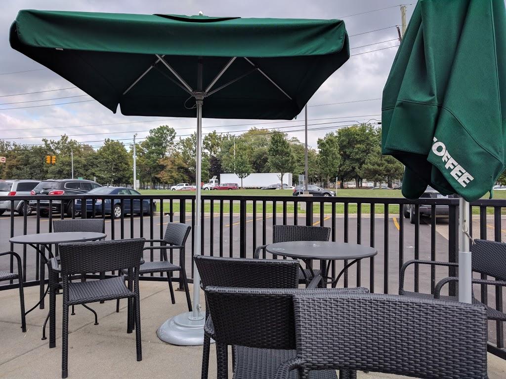 Starbucks - cafe    Photo 1 of 10   Address: 29215 Mound Rd, Warren, MI 48092, USA   Phone: (586) 582-9085