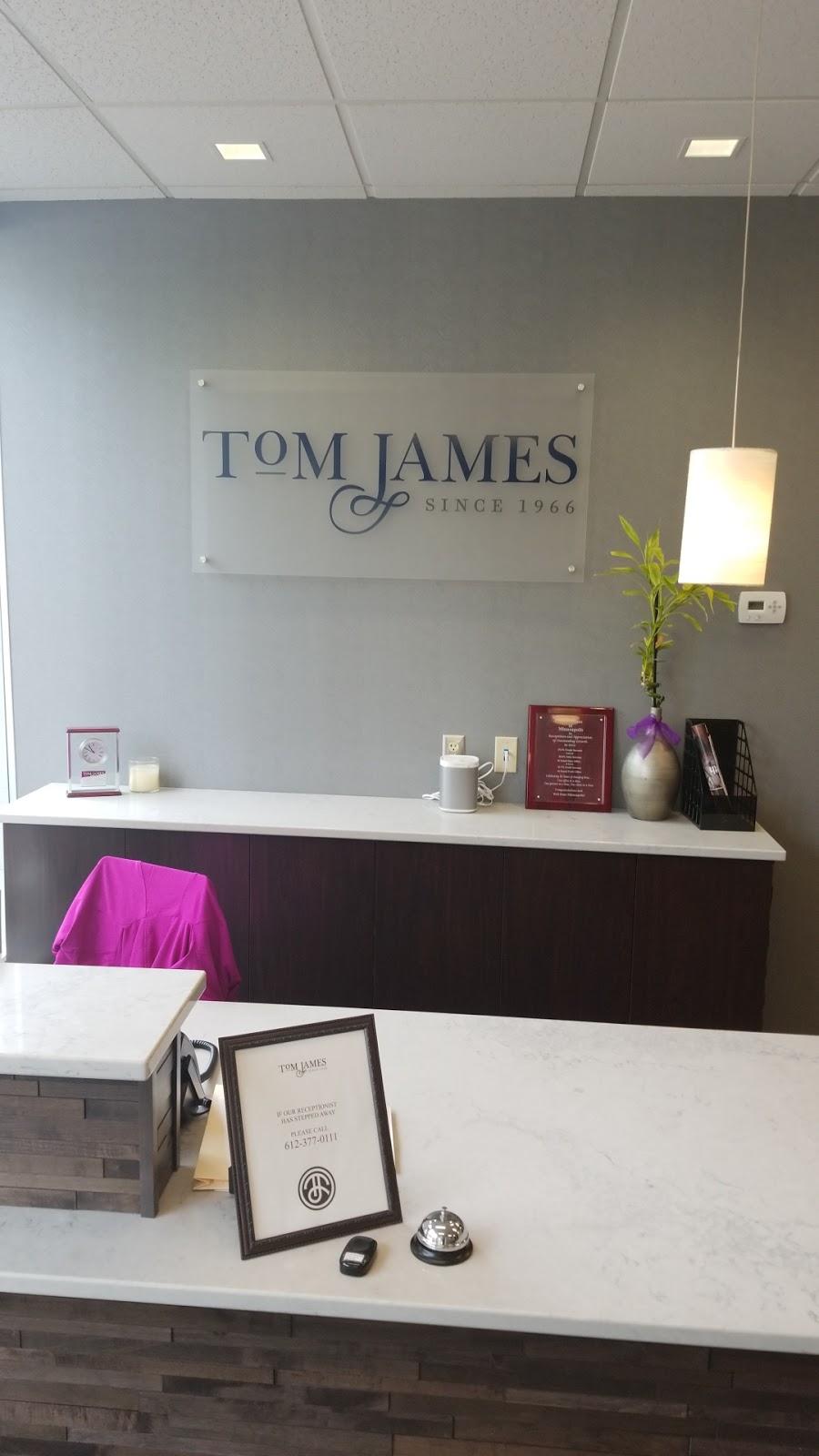 Tom James Company - clothing store    Photo 2 of 8   Address: 2523 S Wayzata Blvd Ste.#100, Minneapolis, MN 55405, USA   Phone: (612) 377-0111