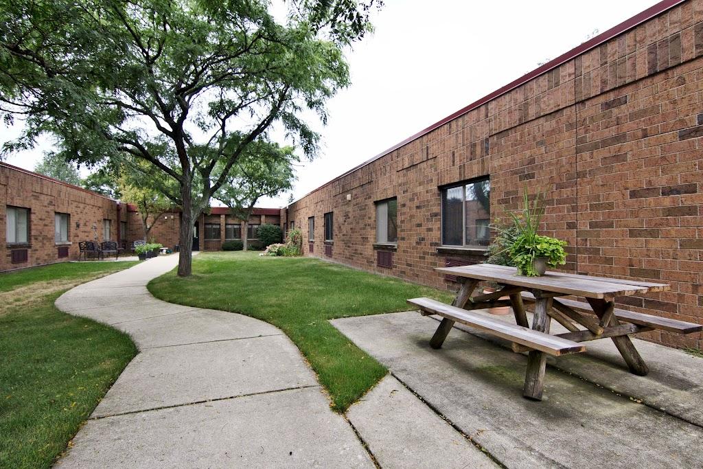 Arbor Inn - health    Photo 3 of 5   Address: 14030 E 14 Mile Rd, Warren, MI 48088, USA   Phone: (586) 296-3260