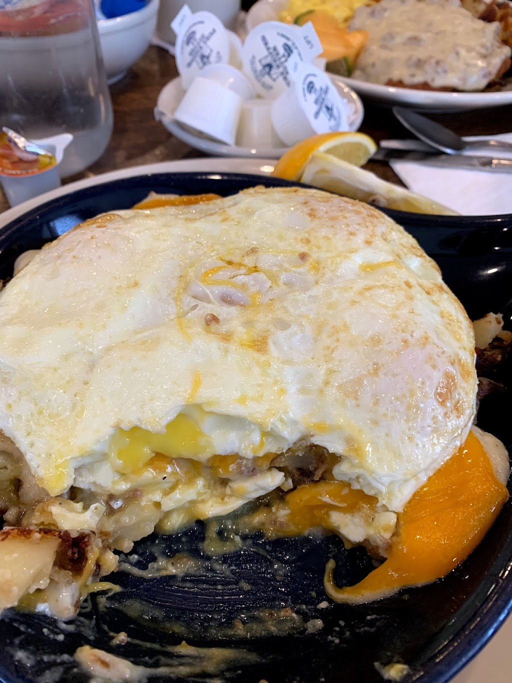 Blueberry Hill Breakfast Cafe - cafe    Photo 7 of 10   Address: 7340 IL-83, Darien, IL 60561, USA   Phone: (630) 734-1300
