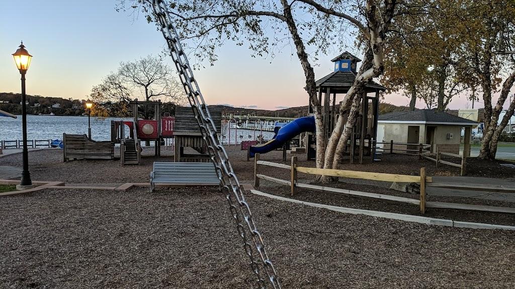 Rogers Park - park    Photo 5 of 10   Address: 43 Lafayette St, Rumson, NJ 07760, USA   Phone: (732) 842-3300