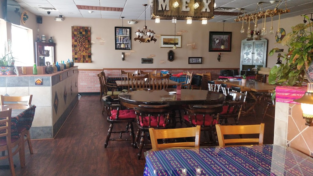 Casa Pelaez - restaurant    Photo 4 of 10   Address: 500 Ernston Rd, Parlin, NJ 08859, USA   Phone: (732) 952-5541