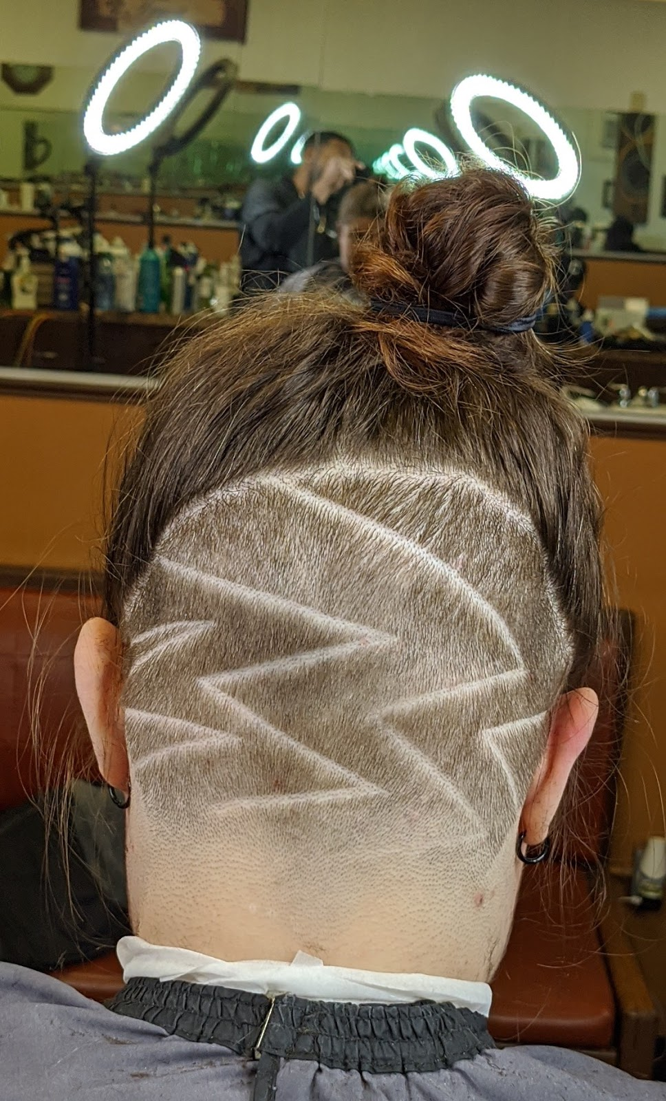 Masters Touch Barbershop LLC - hair care  | Photo 5 of 6 | Address: 31120 Vine St, Willowick, OH 44095, USA | Phone: (216) 298-3993