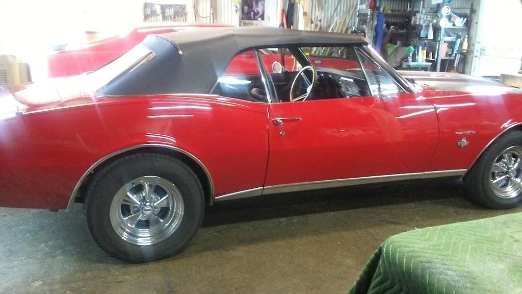 Westside Trim & Glass - car repair  | Photo 8 of 9 | Address: 2117 White Settlement Rd, Fort Worth, TX 76107, USA | Phone: (817) 334-0090