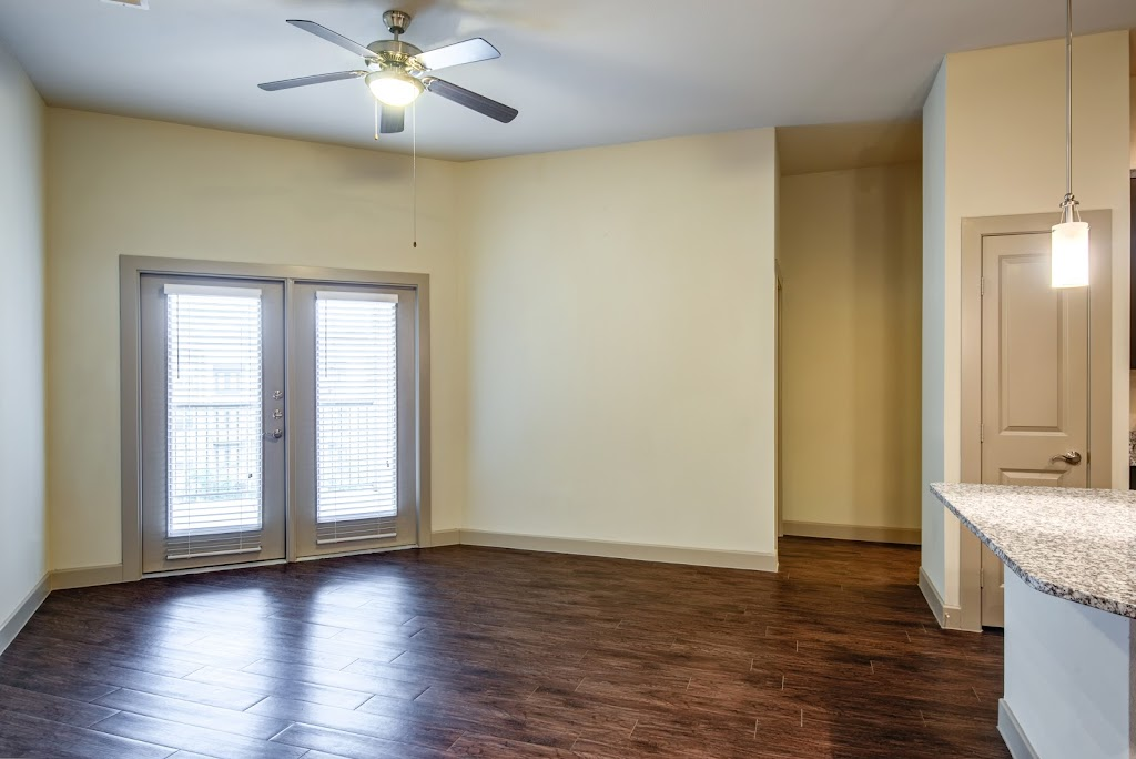GreenVue Apartments - real estate agency  | Photo 8 of 10 | Address: 1350 N Greenville Ave, Richardson, TX 75081, USA | Phone: (972) 449-4624