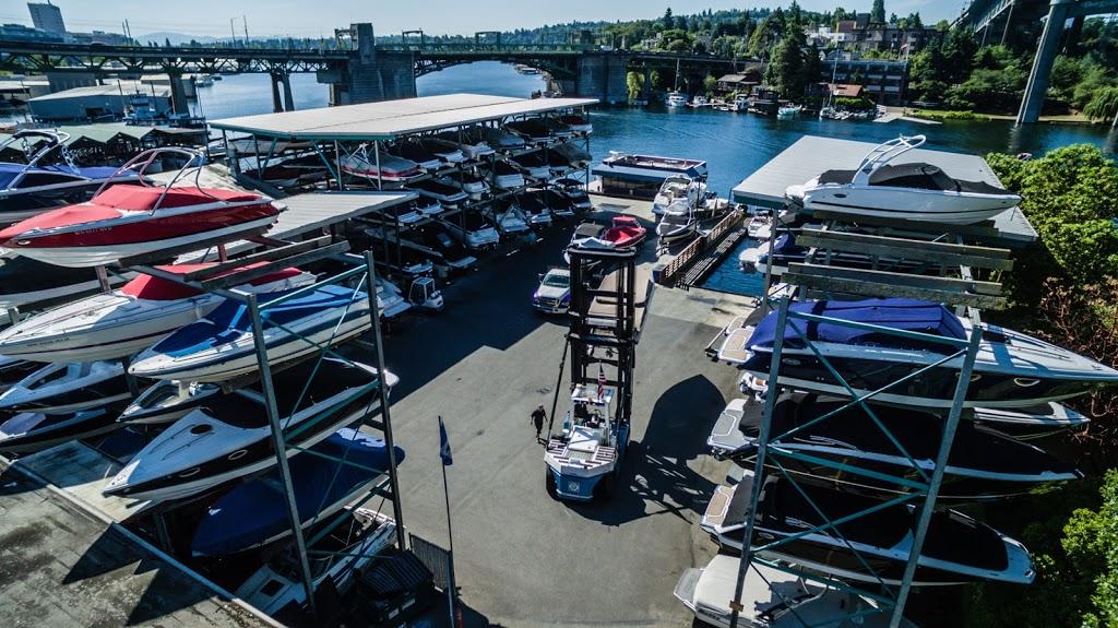 Seattle Boat Company - storage  | Photo 7 of 10 | Address: 659 NE Northlake Way, Seattle, WA 98105, USA | Phone: (206) 633-2628