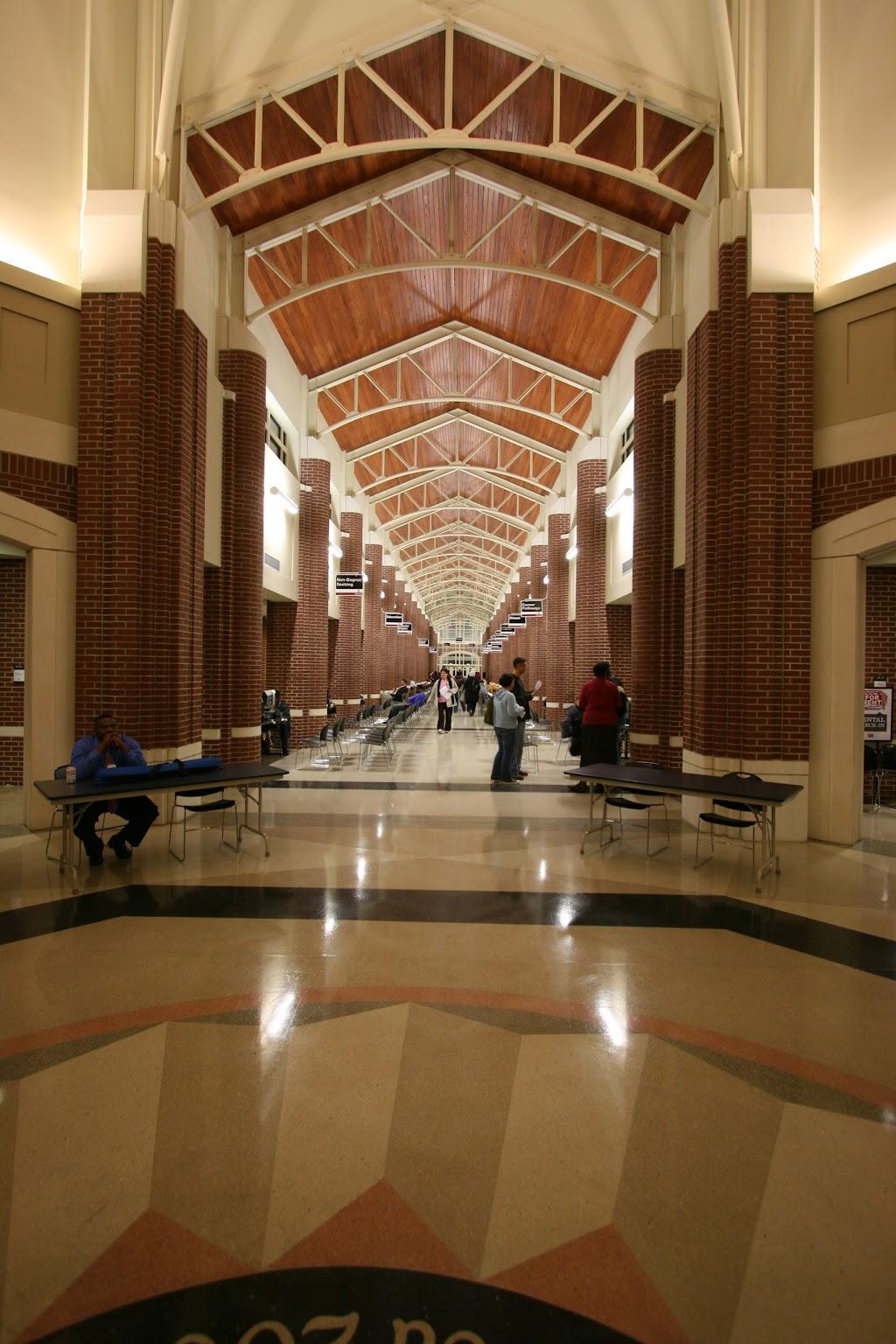Arkansas State University Mid-South - university  | Photo 8 of 10 | Address: 2000 W Broadway Ave, West Memphis, AR 72301, USA | Phone: (870) 733-6722