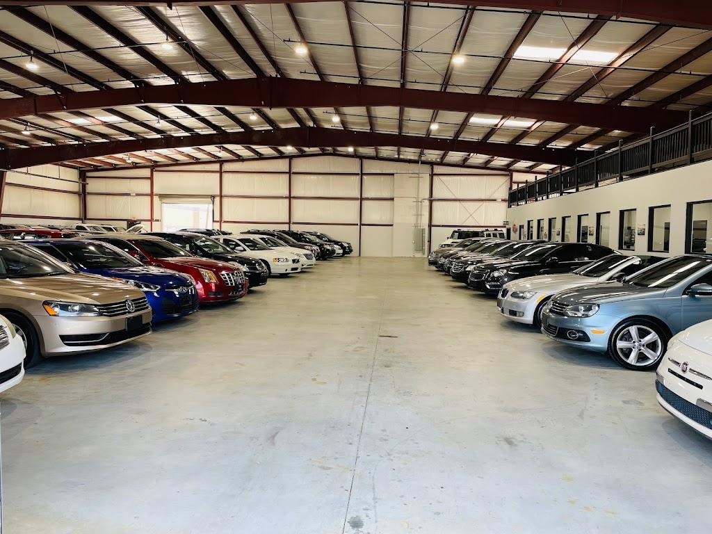 Texas Drive Auto Dealer - car dealer  | Photo 3 of 10 | Address: 10511 Olympic Dr, Dallas, TX 75220, USA | Phone: (214) 272-3098