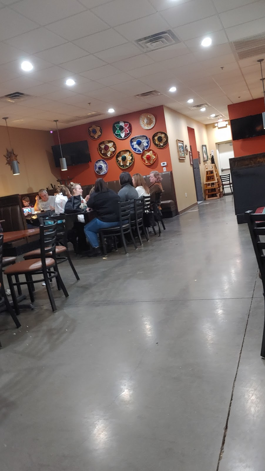 La Tapatia Mexican Restaurant and Bar - restaurant  | Photo 3 of 10 | Address: 651 N, US-183 Suite 310, Leander, TX 78641, USA | Phone: (512) 259-5019