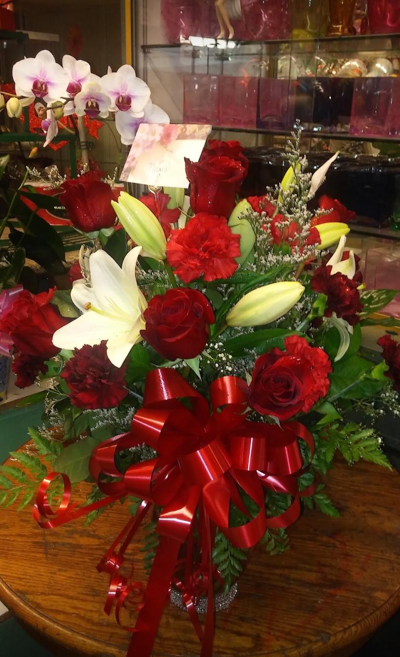 The Love Stop Florist - florist    Photo 10 of 10   Address: 1018 McHenry Ave, Modesto, CA 95350, USA   Phone: (510) 919-5148