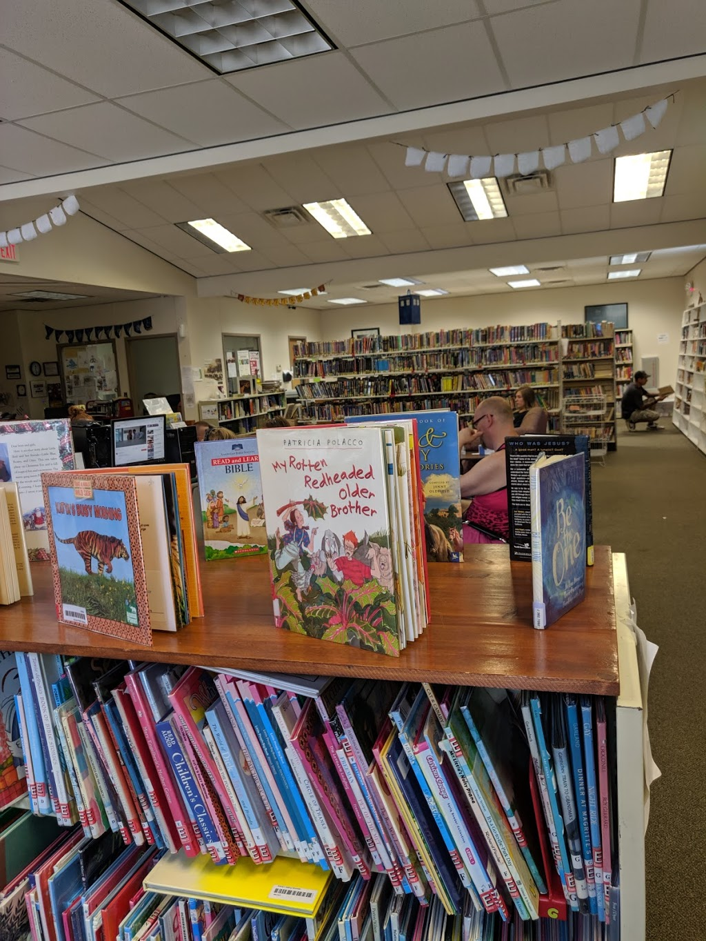 Mounds City Public Library - library  | Photo 3 of 3 | Address: 14 14th St, Mounds, OK 74047, USA | Phone: (918) 827-3949