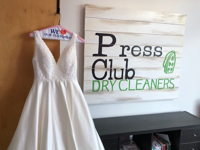Press Club Dry Cleaners - laundry    Photo 2 of 6   Address: 13331 York Center Rd, Charlotte, NC 28209, USA   Phone: (704) 665-6227