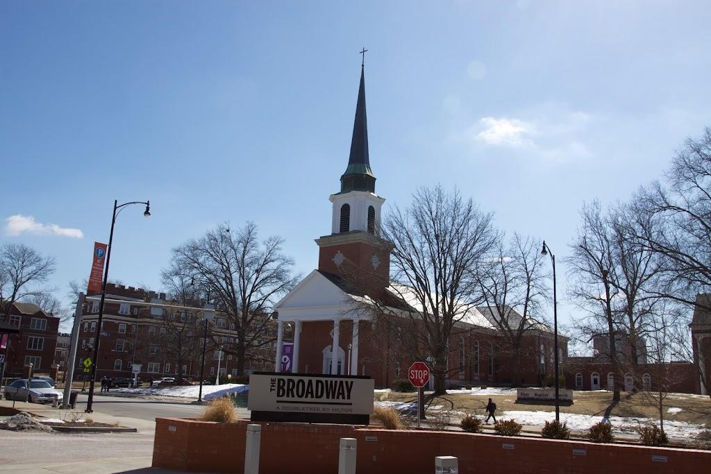First Baptist Church Columbia - church  | Photo 4 of 10 | Address: 1200 Valmeyer Road, Columbia, IL 62236, USA | Phone: (618) 281-5605