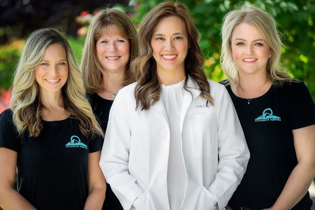 Daybreak Dental - dentist  | Photo 10 of 10 | Address: 1706 W Main St UNIT 117, Battle Ground, WA 98604, USA | Phone: (360) 666-8366