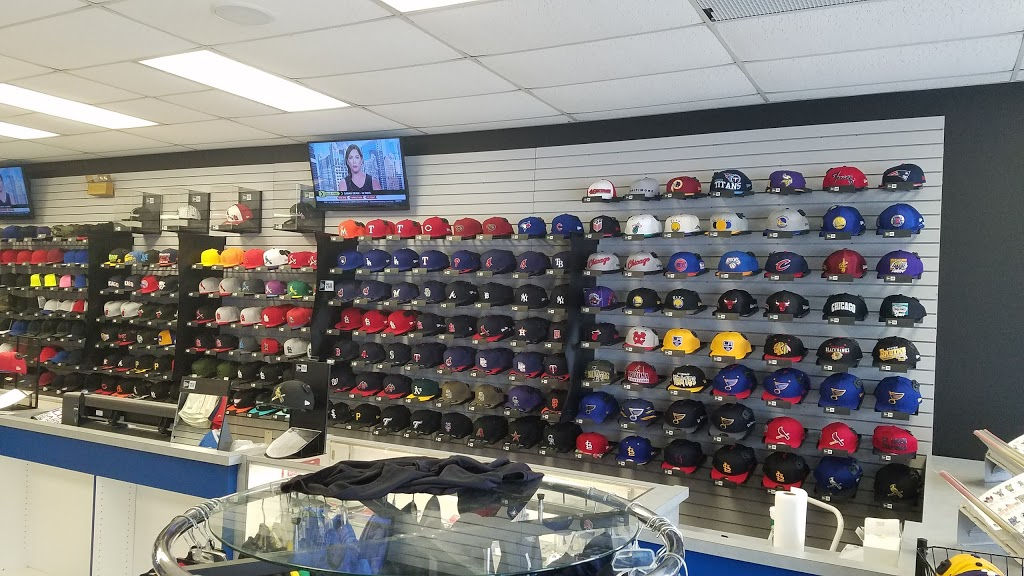 Headz N Threadz - clothing store  | Photo 6 of 10 | Address: 1065 Regency Pkwy, St Charles, MO 63303, USA | Phone: (314) 528-8100
