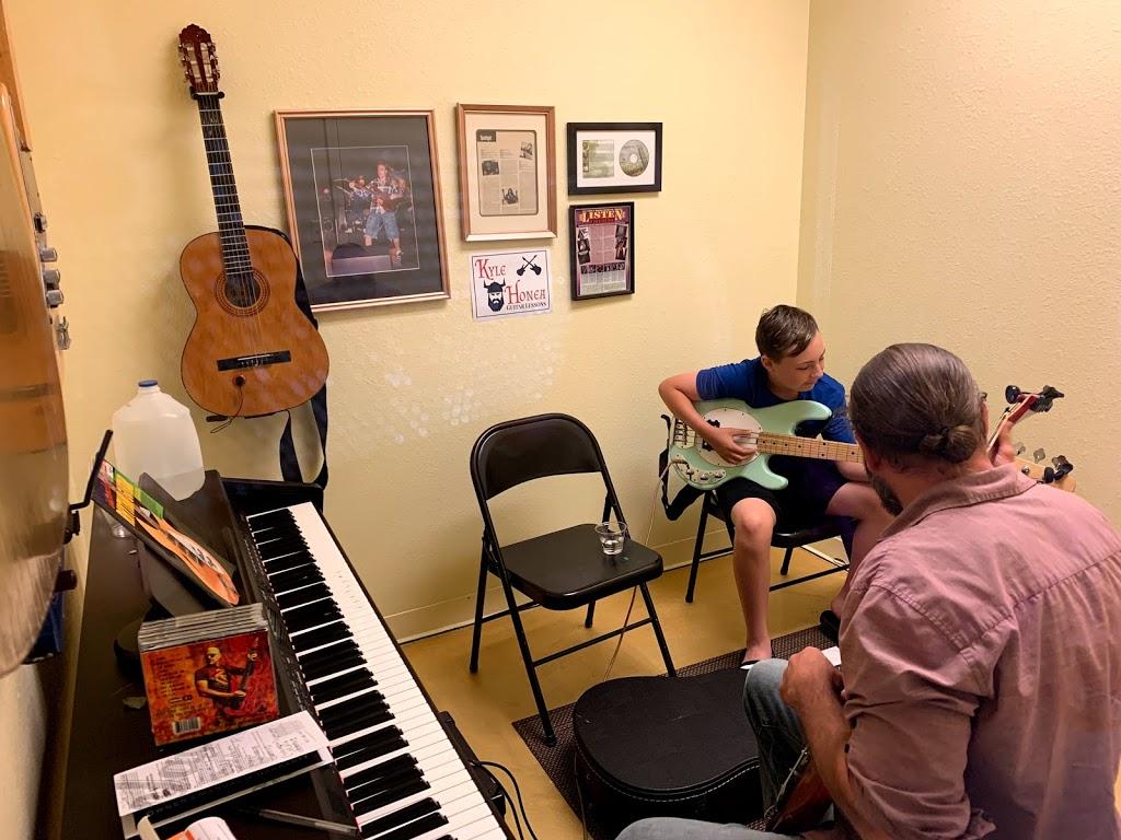 Kyle Honea Guitar Lessons - school  | Photo 2 of 10 | Address: 2012 E State Hwy 114, Southlake, TX 76092, USA | Phone: (469) 996-5882