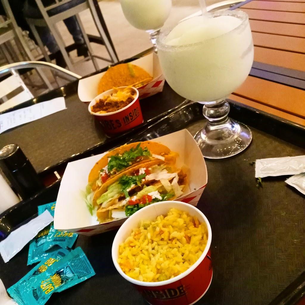 Fuzzys Taco Shop - restaurant  | Photo 6 of 10 | Address: 228 E Pleasant Run Rd, DeSoto, TX 75115, USA | Phone: (469) 297-4924