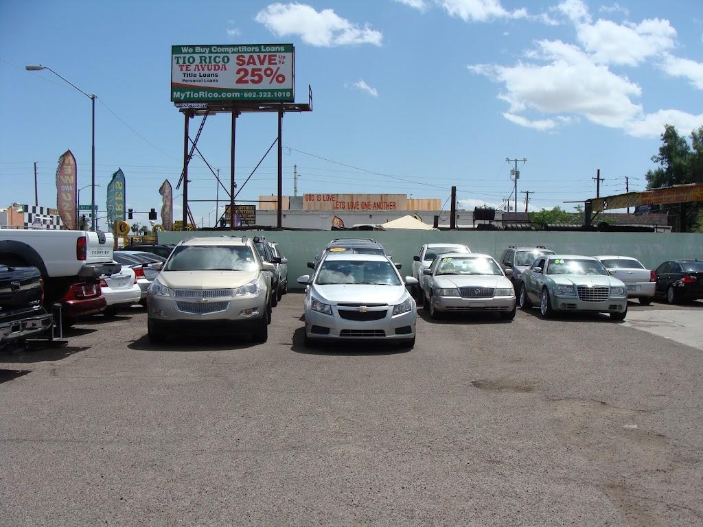 Lalos Auto Sales - car dealer    Photo 3 of 10   Address: 1521 E Van Buren St, Phoenix, AZ 85006, USA   Phone: (602) 253-9061